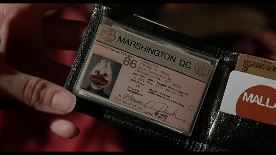 Howard's wallet containing many of the subtle details that are in this film.